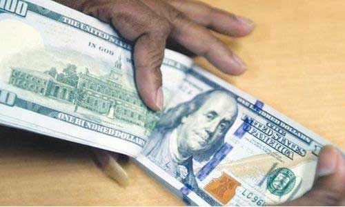 Dollar price goes up by Re 1 in open market