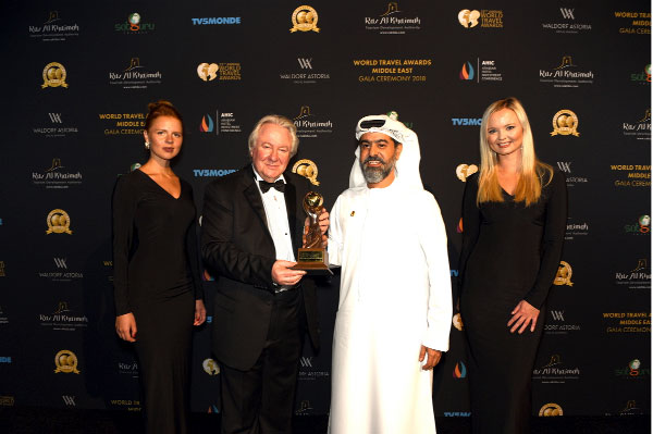 Emirates scoops four awards at the World Travel Awards ME