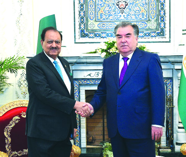 Mamnoon, Tajik counterpart hold talks to boost ties