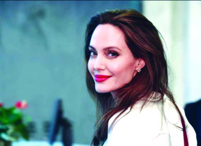 Angelina planning to contest US Presidential election
