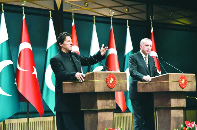 Expecting Turkish coop in economy, other areas: Imran